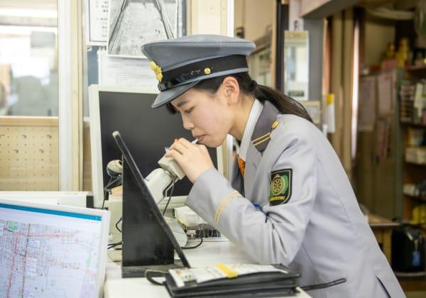 軌道運転士の一日|富山地方鉄道採用情報